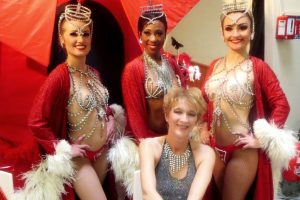 Victoria Artiste Chanteuse Animation Spectacle Musical Soirée Dansante